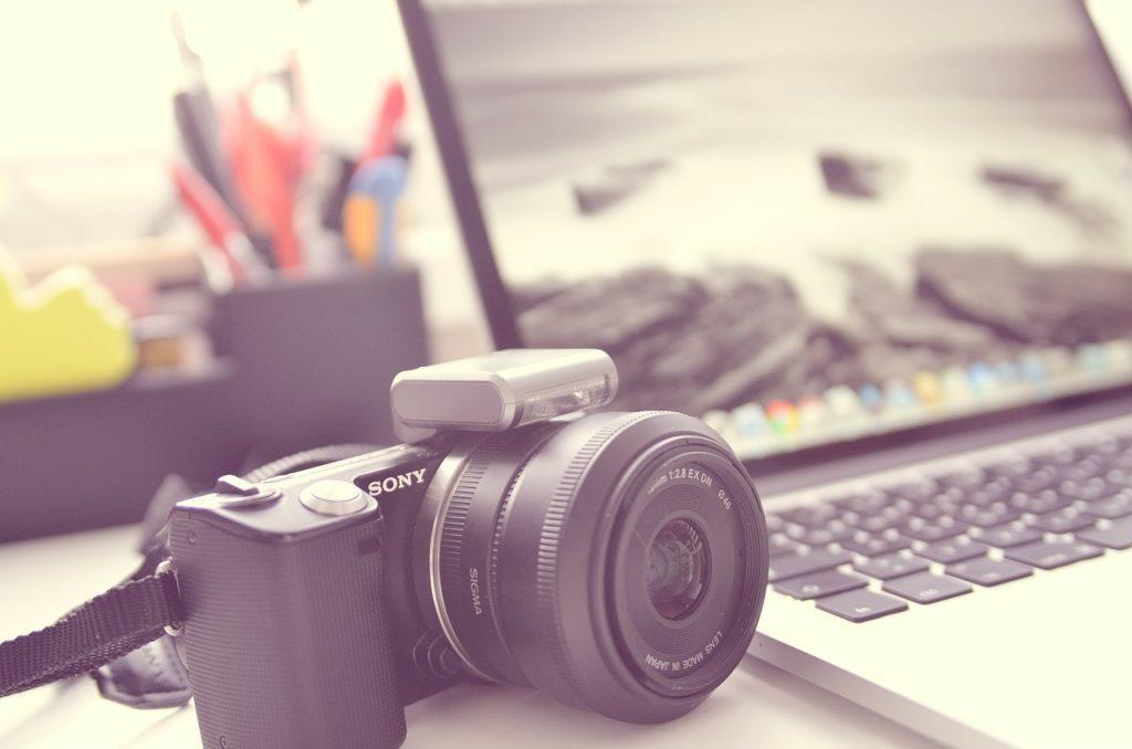 Początek przygody z fotografią – Na zakup jakiego aparatu się zdecydować?